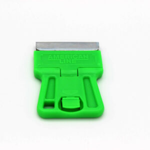 Скребок пластмас. с металлическим лезвием GT 212